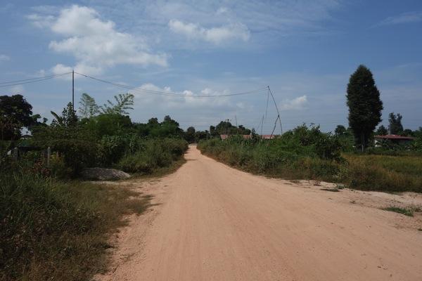 ヴィエンチャン無舗装道路