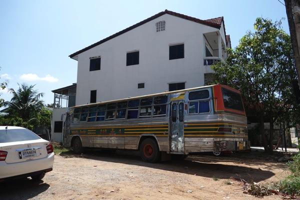 コーンケンのスクールバス