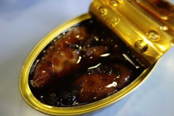 イカの缶詰2