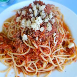 世界一周旅行での自炊料理〜トマトソースパスタ〜