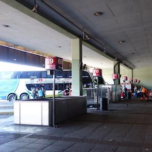 レティーロのバスターミナル
